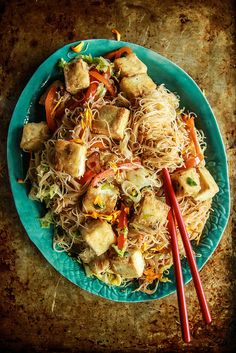 Stir Fried Veggie Noodles and Crispy Tofu (Vegan and Gluten Free)