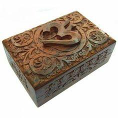 Caja para Tarot de Madera Tallada Om