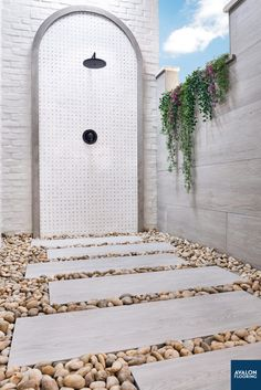 Outdoor showers scream luxury so why not add a beautiful dolomite natural stone tile to them. This Bianco Dolomite Dotty natural marble mosaic tile is an update to the classic look of fine marble into a contemporary design element.