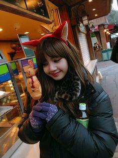 BLACKPINK Jennie CH+ Update with Lisa
