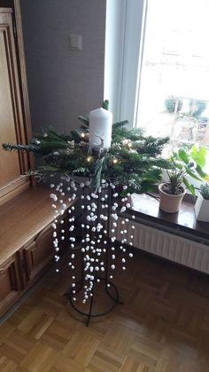 Weihnnachtsdeko Schnee - Schnee Weihnnachtsdeko - Her Crochet Outdoor Christmas, Christmas Home, Christmas Wreaths, Christmas Crafts, Christmas Candle Decorations, Holiday Decor, Snow Decorations, Art Floral Noel, Home Decor