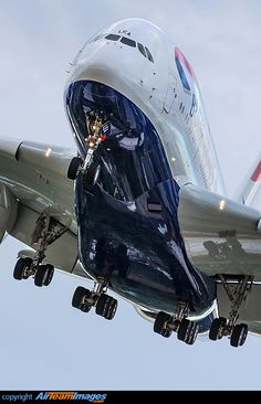Airbus A380...the right lens makes the shot.