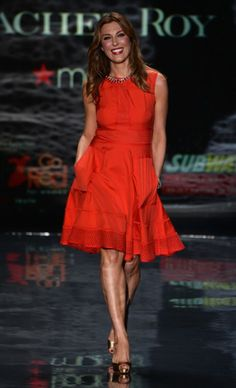Thea Andrews in Rachel Roy. Go Red for Women - The Heart Truth #Red Dress Collection #NYFW