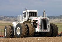 Largest Farm Tractor - world record set by Big Bud Tractor