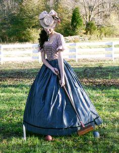 The Vampire Diaries 1800s Dresses, Old Dresses, Nice Dresses, Vampire Diaries Outfits, Vampire Diaries Damon, Katharina Petrova, Katherine Pierce Outfits, Kathrine Pierce, Old Fashion Dresses
