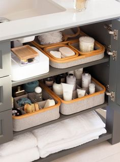 16 Brilliant Ideas Bathroom Storage Organization Under Sink - One of the best places for extra storage in a bathroom is under the sink. Since this spot is usually only used for extra tissue storage, it's the perfect spot for your toiletries to go on. Bathroom Cupboards, Ikea Bathroom, Small Bathroom Storage, Modern Bathroom, Bathroom Ideas, Bathroom Interior, Master Bathroom, White Bathroom, Bathroom Inspiration