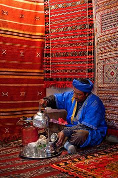 Morocco - Atlas Mountains: Berber Tea by John & Tina Reid, via Flickr - People of #Morocco - Maroc Désert Expérience tours http://www.marocdesertexperience.com
