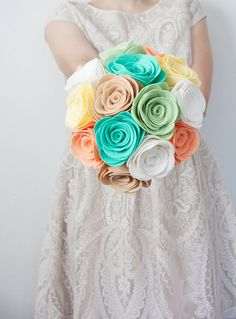 This gorgeous and full felt flower bouquet is an absolute dream! The soft and trendy color combination is a lovely choice for your upcoming
