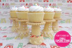 Cupcakes recipes - How to Make an Edible Cupcake Stand Cookie Frosting, Cupcake Cookies, Yummy Cupcakes, Cupcake Party, Yummy Treats, Sweet Treats, Yummy Food, Cupcake Recipes, Dessert Recipes