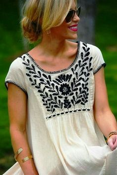 White and Black Casual Outfit 2016 Mode Style, Style Me, Outfit Trends, Inspiration Mode, Vogue Fashion, Gypsy Fashion, Cute Shirts, Passion For Fashion, Dress To Impress