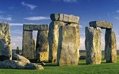Yedi maddelik listenin son sırasında da 8.3 milyar sterlinle İngiltere'de bulunan Stonehenge bulunuyor. Wiltshire'da bulunan Stonehenge'in geçmişi tarih öncesi devirlere kadar uzanıyor.