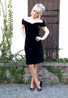 Velvet Wiggle Dress  £22
