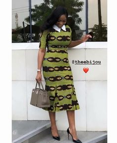 Need to add some latest style to your wardrobe? Here are 40 Ankara Dress Styles showing stunning ankara gown designs 2020 outfits for inspiration. Short African Dresses, Ankara Short Gown Styles, Latest African Fashion Dresses, African Print Dresses, African Print Fashion, Ankara Gowns, Fashion Models, Celebrities Fashion, Fashion Outfits