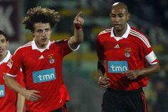 """David Luiz: """"Quando cheguei era um menino e Luisão ensinou-me o que é o Benfica""""."""