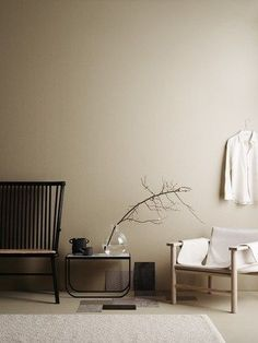 minimalist home design Beige Tan Living Room With Black Accents Room Colors, Wall Colors, Earth Tone Decor, Beige Room, Beige Walls Bedroom, Interior Styling, Interior Design, Color Interior, Interior Modern