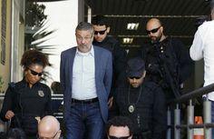 Moro converte prisão de Palocci em preventiva, sem prazo para soltura. O juiz federal Sérgio Moro, da 13ª Vara da Justiça Federal em Curitiba, converteu ...