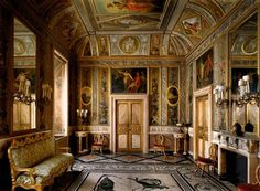 Palazzo AItieri, #Rome. It was one of the most beautiful I had ever seen.  The room was called a cabinetto. Α small living room, in which the prince had read, written his correspondence. The floor was inlaid with a #mosaic which had been discovered in an ancient villa by the sea.