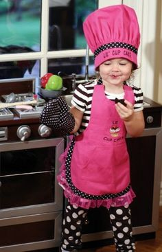 "3-Piece ""Lil' Cup Cake"" Embroidered Girl's Chef's Apron, Hat and Oven Mitt Set, http://www.amazon.com/dp/B008RYZ60K/ref=cm_sw_r_pi_awdm_IvIUub1ZBPG3A"