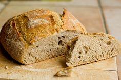 Une recette inratable de Pain maison comme une miche du boulanger {technique du pain cocotte} Thermomix sur Yummix • Le blog culinaire dédié au Thermomix !