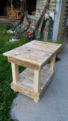 Recycling Pallet Wood - Small Table No 13