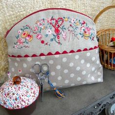 French pouch with DIY embroidery instructions for the top of the pouch.