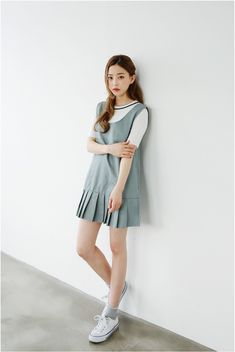 Fashion ideas for korean fashion outfits 811 Korean Fashion Minimal, Korean Fashion Teen, Korean Fashion Ulzzang, Korean Fashion Street Casual, Korean Fashion Dress, Korea Fashion, Korean Outfits, Asian Fashion, Cute Fashion
