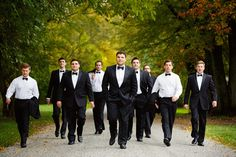 Wedding photo idea. Like the epic slow-mo action movie shot but with bridesmaids/groomsmen. :)