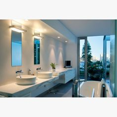 Interior / Bathroom / Lighting / Carree GT LED / Delta Light