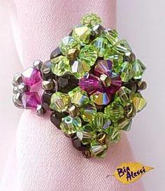 Tourmaline Ring ~ Free Tutorial at beadworkbrasil.bl...