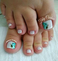 Unhas dos pés decoradas Toe Nail Art, Toe Nails, Date Night Hair, Cute Pedicures, Popular Nail Art, Nail Care Tips, Painted Toes, Mom Hairstyles, Manicure Y Pedicure