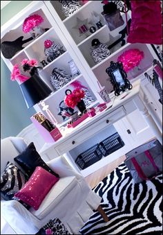 Teen Girl Bedrooms - An exceptional take on teen girl room notes. Visit the smart example number 6290512719 immediately. Awesome Bedrooms, Cool Rooms, Dream Rooms, Dream Bedroom, Rock Star Theme, Teen Girl Bedrooms, Zebra Bedrooms, Beauty Room, My New Room