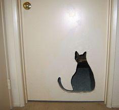 Hauska! Pääsee kissa kulkemaan :)