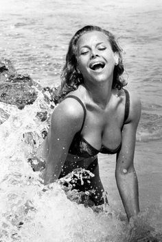 honor blackman hot