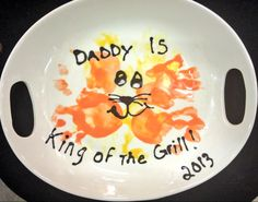 Daddy is king of the grill!  Great Father's Day idea. www.unpluggits.com