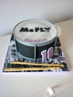 McFly drum birthday cake
