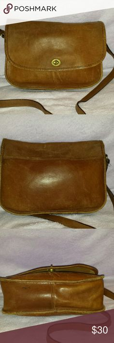 Vintage Coach Willis cross body Authentic vintage coach Willis cross body bag.  Leather needs a good conditioning.  This is in used but still good shape for its age!  Smoke free home. Coach Bags Crossbody Bags