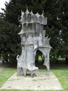 Spomenik of December's victims by Dusan Dzamonja 1960. / Zagreb, #Croatia #socialist #spomenik