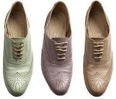 b579d36b03 13 melhores imagens de Sapatos tom pastel