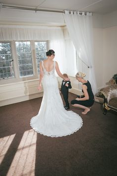 Whirlowbrook Hall November Wedding Bridal Preparation