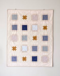 Quilting Projects, Sewing Projects, Sewing Crafts, Traditional Quilt Patterns, Modern Quilting Designs, I Spy Quilt, Whole Cloth Quilts, Barn Quilt Patterns, Fabric Yarn