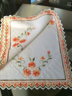 Hardanger Embroidery, Embroidery Stitches, Embroidery Patterns, Hand Embroidery, Crochet Tablecloth, Bargello, Doilies, Ravelry, Diy And Crafts