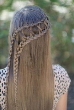 Best Hair Braiding Tutorials - Lattice Braid Combo - Easy Step by Step Tutorials for Braids - How To Braid Fishtail, French Braids, Flower Crown, Side Braids, Cornrows, Updos - Cool Braided Hairstyles for Girls, Teens and Women - School, Day and Evening, Boho, Casual and Formal Looks http://diyprojectsforteens.com/hair-braiding-tutorials