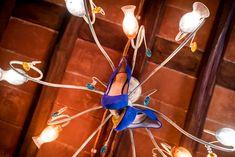 Wedding shoes bride blue. #weddingphotography #tuscany #lucca #borgogiusto #qualcosadiblu #tuscanwedding #rusticwedding