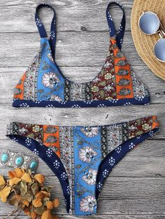 GET $50 NOW | Join Zaful: Get YOUR $50 NOW!https://m.zaful.com/patchwork-print-bralette-scoop-bikini-set-p_283771.html?seid=2bnt3fptn6vqpg6g0bsvtt8fn3zf283771