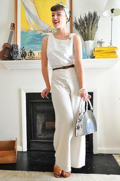 06.14.12 outfit: summer whites   via Elegant Musings.