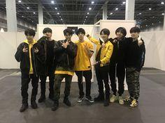 #BTS 3rd アルバム 「FACE YOURSELF」 握手会でインテックス大阪までお越し頂いたARMYのみなさん!雨の中ありがとうございます!気をつけて帰ってくださいね〜今日も会えて嬉しかったで❤️ 写真はJINさんの部屋前 #防弾少年団 #FACE_YOURSELF