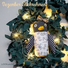 Dezember - Stickrahmen 2017: Recycling - Weihnachtsdeko - Dreidimensionalität Recycling, Christmas Angels, December, Decorating, Projects, Upcycle