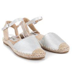 Strieborné sandále bez podpätku MB-6351S
