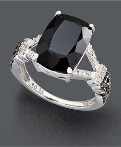 Everybody loves a black diamond.