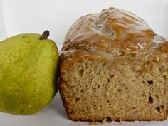 pear bread with orange honey glaze. perfect recipe for my pear tree excess! Lemon Raspberry Muffins, Best Blueberry Muffins, Banana Bread Muffins, Chocolate Banana Bread, Best Banana Bread, Fluffy Cream Cheese Frosting, Cream Cheese Coffee Cake, Pear Bread, Honey Bread